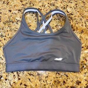 🍒 NWOT sports bra size S (4-6)